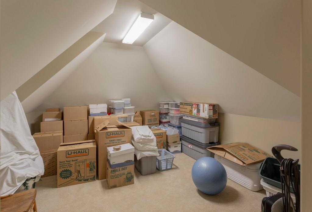 12209-Preston-Landing-Way-storage